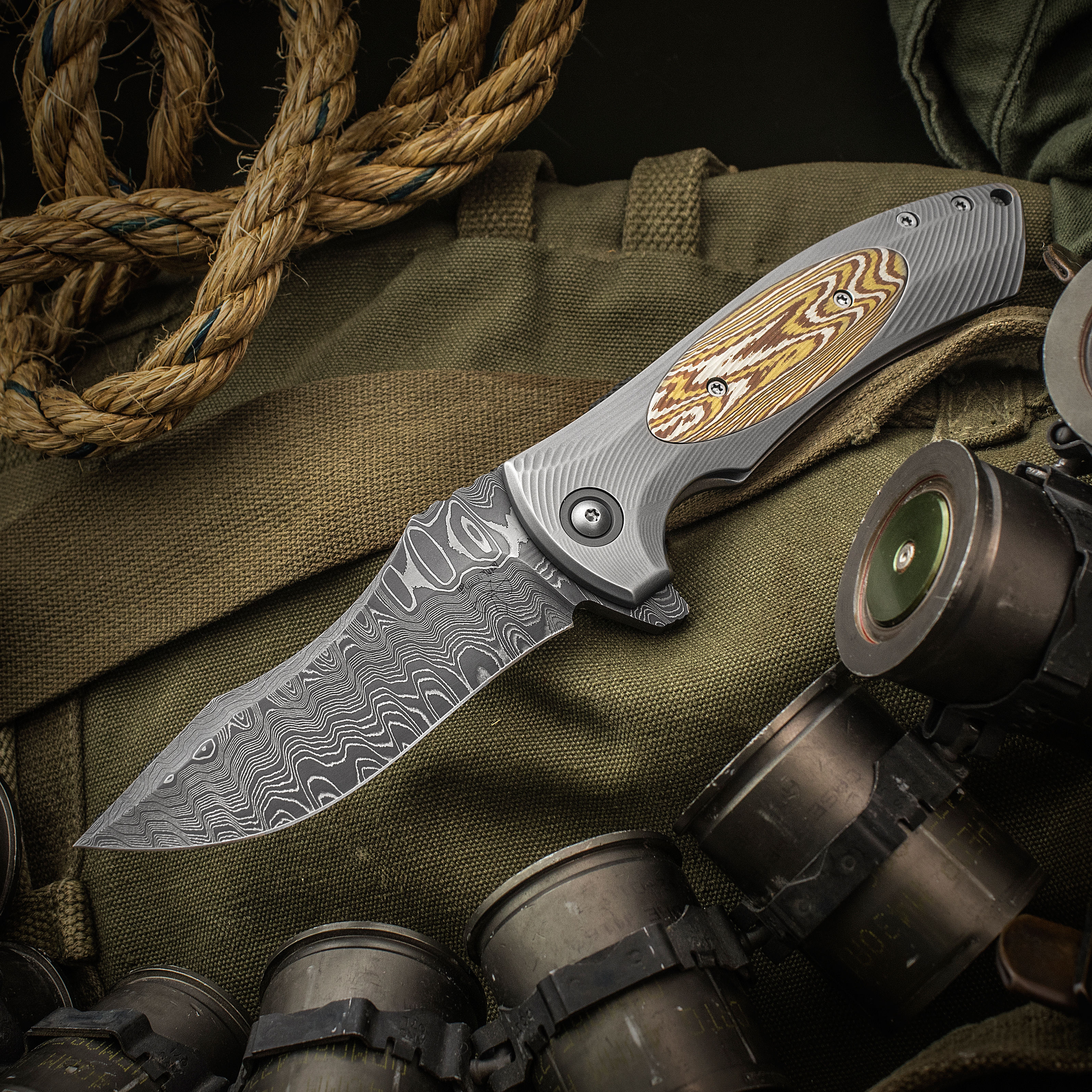 Les George Custom Harpy Flipper 4.25 inch Nichols Fade Damascus Blade, 3D Machined Titanium Handles with Mokume Inlay