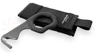 Benchmade 7 Rescue Hook Strap Cutter 440C Steel 4.3 inch Overall, Black Sheath
