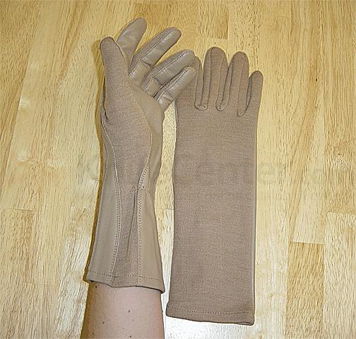 Worldwide Gloves Flight Gloves with NOMEX - Desert Tan, size Medium