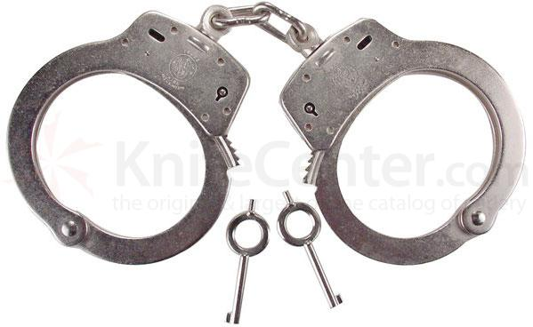 Smith & Wesson Model 100 Handcuff, Standard, Nickel