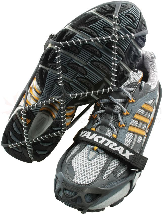 Yaktrax Pro Ice and Snow Traction Device, Black, Medium
