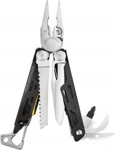 Leatherman 832262 Signal Full-Size Multi-Tool, Nylon Sheath, Safety Whistle, Ferrocerium Rod and Diamond Sharpener
