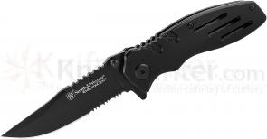 Smith & Wesson Extreme Ops Linerlock 3.1 inch Black Clip Point Combo Edge Blade, Black Aluminum Handles